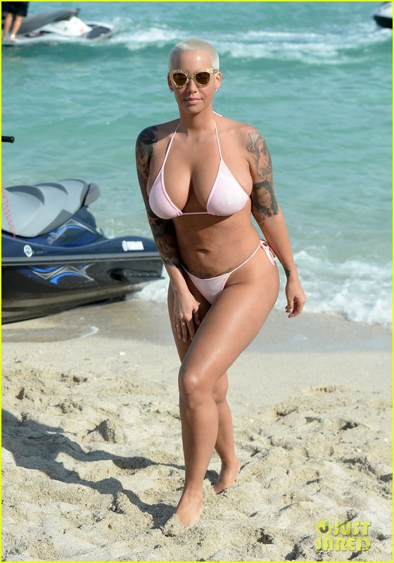 The Amber Rose Super Page Archives Of News Videos And Pics